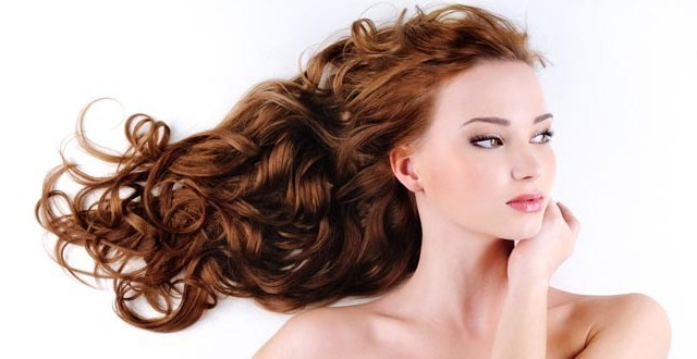 cura dei capelli donna